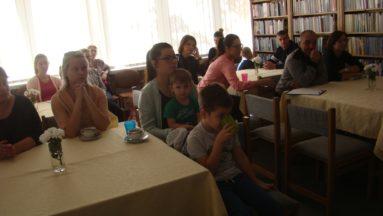 Rodzice z zainteresowaniem słuchali prelekcji
