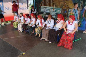 Tradycja nie zaginie, bomłodzi ludzie utożsamiają się zlokalną kulturą