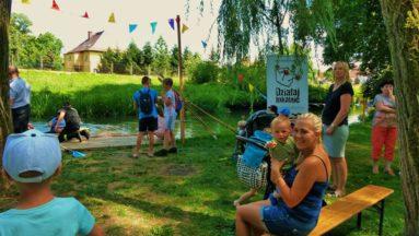 Zajęcia z parku na terenie zamku prochowickiego, spływ kajakowy