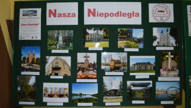 Wystawa fotografii wykonanych przez uczestników projektu