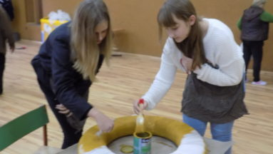 Malowanie kół ratunkowych