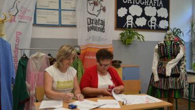 Zarząd Stowarzyszenia analizuje zapisy umowy