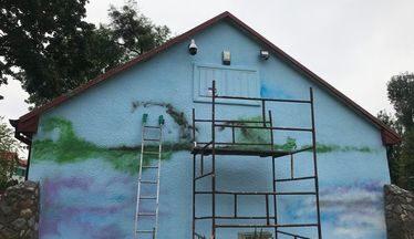 Ściana budynku na której powstaje nasz mural.