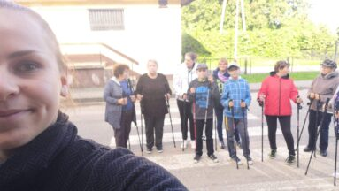Zdjęcie grupy osób na początku wyprawy
