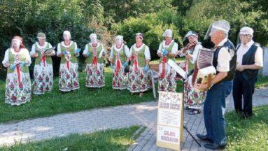 Zespół Szklarki podczas swojego pierwszego koncertu