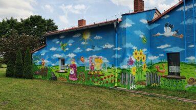 Mural kwiatowy -druga część.